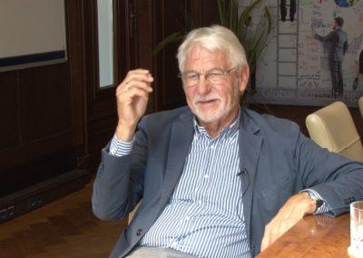 Gerhard roth42